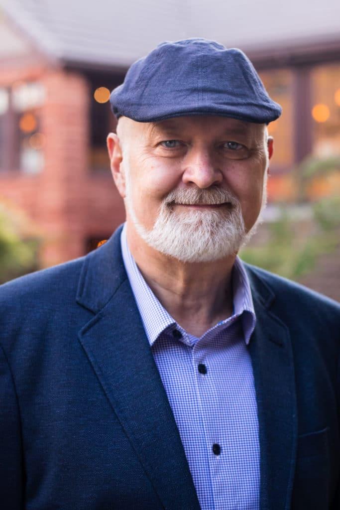 David Farland Writing Instructor